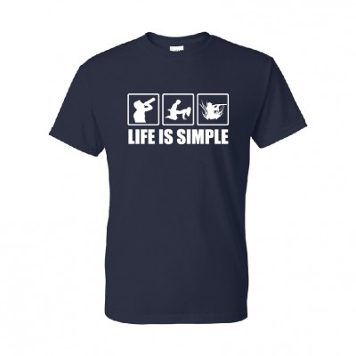 T-shirt ''Life is simple chasse""